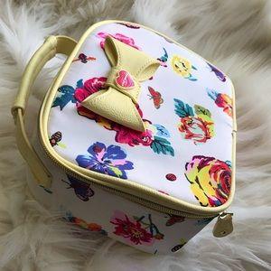 Betsey Johnson make up/cosmetic bag, yellow/white
